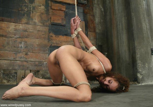 Female bondage scenes in movies
